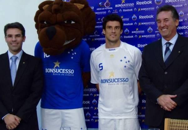 Banco Bonsucesso fecha com Cruzeiro