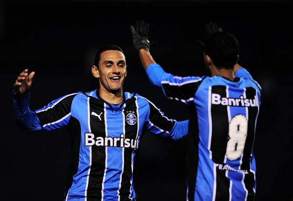 Foto: Daniel Marenco - ClicRBS / Rafael Marques e Souza foram os nomes da partida
