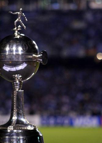 Grêmio comemora a volta do G-4.